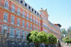 """""""Vidago Palace"""" é a primeira coprodução de ficção entre Rádio e Televisão de Portugal (RTP) e a Corporación Radio e Televisión de Galicia (CRTVG) cujo protocolo foi hoje assinado, no Porto, entre as duas televisões públicas ibéricas."""