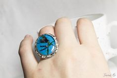 Oval turquoise ring with real dried flowers. от FriendMeBijou