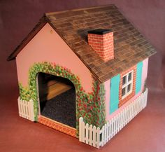 Cat cottage or small dog house - 2017 model by MrFinnsScratchPost on Etsy Cardboard Cat House, Diy Cardboard, Small Dog House, Small Dogs, Small Small, Cottage Kits, Cat House Diy, Puppy House, Cat Room