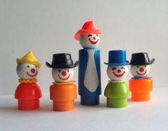 Great Vintage set of 5 Fisher Price Circus Clowns, Little People Jouets Fisher Price, Fisher Price Toys, Vintage Fisher Price, Vintage Toys 80s, Retro Toys, Vintage Kids, Vintage Style, Dawn Dolls, Childhood Toys