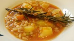 Sopa de legumbres y cereales – Zuppa di legumi, cereali e verdure