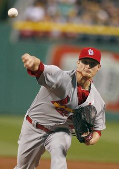 Shelby Miller pitches in the first inning against the Pittsburgh Pirates. Cards won 6-5. 5-11-14