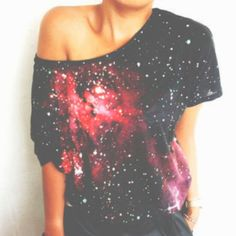 I love galaxy print & i love off the shoulder shirts but i absolutely love them together Passion For Fashion, Love Fashion, Womens Fashion, High Fashion, Fashion Ideas, Space Fashion, Daily Fashion, Vintage Fashion, Fashion Trends