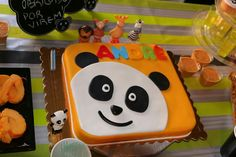 Bolo Panda Panda Birthday Cake, 3rd Birthday, Canal Panda, Bolo Panda, Panda Cakes, Panda Party, Toddler Learning Activities, Cute Panda, Party Themes