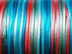 3m Satinband in den traditionellen Farben der südwestlichen Indianerstämme, 1mm rund