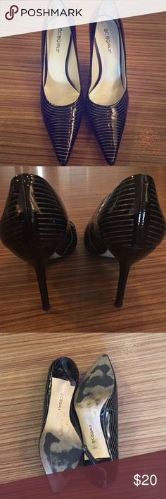 BCBG girls black and silver heels. Black and silver pinstriped heels. BCBGirls Shoes Heels