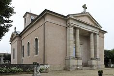 église de Laives.Bourgogne Saint Martin, Notre Dame, Mansions, House Styles, Building, Home Decor, Beauty, Religious Art, Nun