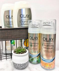 """Glow Up With Olay Cleansing Infusion  #AD My life is hectic and I feel like I'm always on the go and taking care of everyone else. It's time to take some """"me time"""" and #GlowUp! Read up about my GlowUp story and find out how YOU can reveal your Natural Glow with Olay Cleansing Infusion on the blog : https://www.cosmeticsanctuary.com/glow-up-with-olay-cleans…/  Ready to GlowUp with me? Head to CVS Pharmacy and grab your Cleansing Infusions! spr.ly/Infusions-CVS01  #SkinCare #Olay…"""