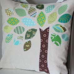 scrap buster tree pillow (i like the flower one shown in this post, too)