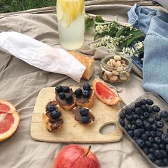 Cute Food, I Love Food, Good Food, Yummy Food, Picnic Date, Beach Picnic, Summer Picnic, Aesthetic Food, Cravings