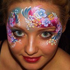 Nicola White Facepainter    TAG stargazer one stroke & flowers