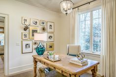 via This Photographer's Life blog - Atlanta home: I'm in love with this desk!