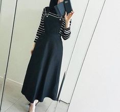 Everything you've ever wanted, is one step outside of your comfort zone. Completely out of my comfort zone in this natalie labella Black Pinafore Dress. I chose to feature this purely because of how cute it is. Islamic Fashion, Muslim Fashion, Modest Fashion, Fashion Outfits, Modern Hijab Fashion, Casual Hijab Outfit, Hijab Chic, Hijab Dress, Modest Dresses