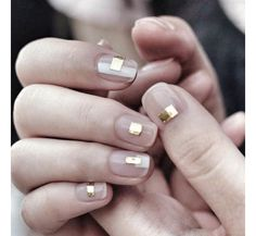 Whether a hint of glitter on the eyelids, starry constellations that shimmer on the cheekbones or graphic metallic nail art, when it comes to weddings, the latest beauty looks include anything that sparkle. Take a look at these 11 ways to wear the make-up trend, as spotted on Instagram.
