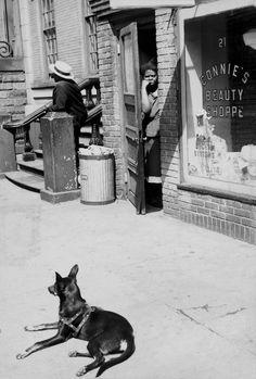 Henri Cartier-Bresson - New York City. 1947.