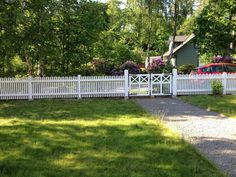 Sidewalk, Outdoor Decor, Blogg, Image, Yard Ideas, Gabriel, Home Decor, Patio Ideas, Archangel Gabriel
