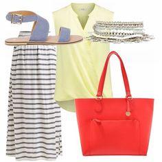 Ecco un outfit molto colorato, pensato per rendere originale una gonna comune come quella lunga a righe in stile marinaio. Il top giallo chiaro e la borsa rossa rendono vivace e simpatico questo abbinamento. Il sandalo richiama le righe della gonna e il braccialetto dà un tocco glam.