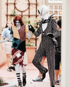 Jack and Sally ♡ Halloween 2019, Halloween Party, Halloween Costumes, Halloween Inspo, Disney Costumes, Disney Day, Disney Love, Disney Parks, Jack Skellington Costume