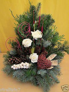 All Saints Day, Flower Art, Christmas Wreaths, Holiday Decor, Flowers, Handmade, Rose, Home Decor, Flower Arrangements