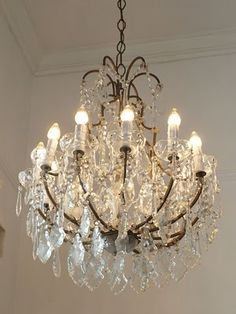 I a crazy over chandeliers