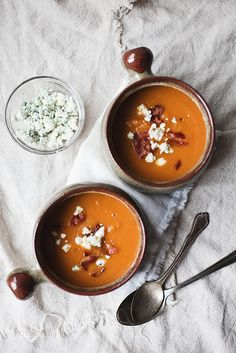 Roasted Butternut Squash and Sweet Potato Soup | inthelittleredhouse.blogspot.com