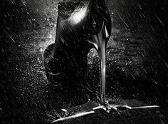 the-dark-knight-rises-catwoman-poster-1