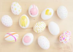 #DIY Sharpie Easter Eggs
