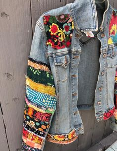 Jean jacket hippie boho embellished colorful denim jean jacket etsy sold out women jean jackets ideas of women jean jackets womenjeanjackets Boho Gypsy, Hippie Boho, Estilo Hippie, Hippie Style, Bohemian, Boho Style, Painted Denim Jacket, Painted Jeans, Painted Clothes