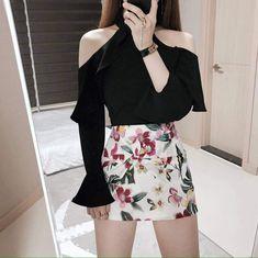 korea fashion outfits which is awesome Cute Skirt Outfits, Style Outfits, Kpop Fashion Outfits, Korean Outfits, Cute Casual Outfits, Fashion Dresses, Korean Girl Fashion, Korean Fashion Trends, Ulzzang Fashion