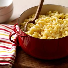 Weight Watchers Macaroni and Cheese: It's creamy, delicious, easy, and cures that comfort food craving. 7 Points+