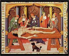 BARTHOLOMAEUS ANGLICUS (1203-1272). Enseñando en la mesa de disección (Reproducido en un manuscrito del s. XV). Ver: pinterest.com/pin/287386019946202482