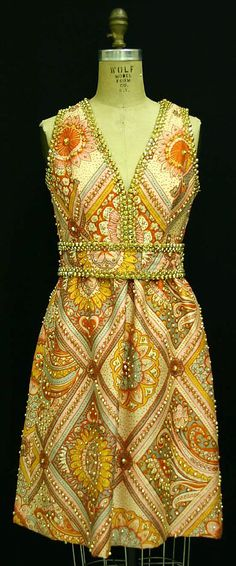 Evening dress. Late 1960s. Oscar de la Renta.
