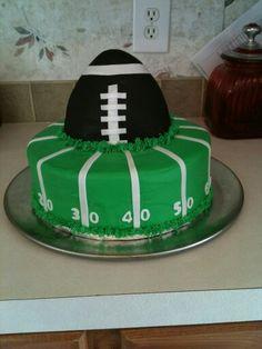 Football Birthday Cake For Someone Named Hunter Brandon - Football cakes for birthdays