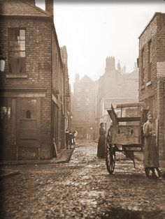 This photograph is one of those taken by John Cooke in 1913 to illustrate the dreadful living conditions in Dublin. Engine Alley still exists and is located in the Liberties area of Dublin. Note the broken glass and ragged curtains in the windows. Old Pictures, Old Photos, Vintage Photos, Dublin Ireland, Ireland Travel, Irish Eyes Are Smiling, Thats The Way, British Isles, Historical Photos