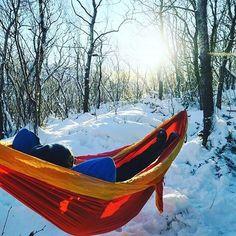 How else should you enjoy winter sun? : @kopites88 #tickettothemoon #hammock #hammocklife #winter #snow