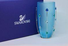 Swarovski Jewels Vase Blau in Steinen kaufen bei ricardo.ch Swarovski, Vase, Household, Blue, Decorations, Flower Vases, Vases, Flowers Vase, Jars