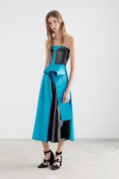 Roksanda Resort 2016 Fashion Show