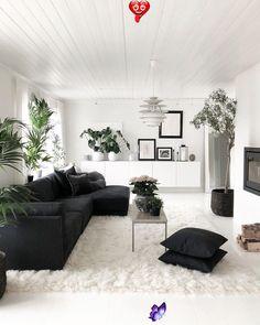 Sonja Olsen on Instagram: Good morning<br> Boho Living Room, Cozy Living Rooms, Living Room Grey, Home Living, Living Room Decor, Bedroom Decor, Small Apartment Living, Mediterranean Decor, Olsen