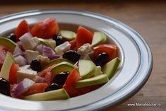 15 salate pentru diete sanatoase. Cele mai bune salate din lume – Maria Nicuţar Best Salad Recipes, Fruit Salad, Tofu, Avocado, Health Fitness, Ice Cream, Cake, Diet, Drink
