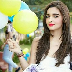 # angel of memories Indian Celebrities, Bollywood Celebrities, Bollywood Memes, Bollywood Heroine, Bollywood Actress, Kapoor And Sons, Selena And Taylor, Aalia Bhatt, Alia Bhatt Cute