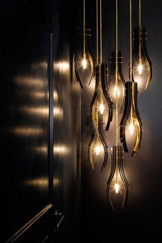 Find inspiration for your dining room lighting design no matter the style or size. Get ideas for chandeliers, drum lights, or a mix of fixtures above your dining table. inspiration for Dining Room Lighting Ideas to add to your own home. Luxury Lighting, Shop Lighting, Interior Lighting, Modern Lighting, Lighting Design, Pendant Lighting, Industrial Lighting, Deco Luminaire, Contemporary Light Fixtures