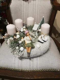 Christmas Candle, Winter Christmas, Christmas 2019, Christmas Home, Christmas Crafts, Xmas, Christmas Arrangements, Christmas Centerpieces, Christmas Decorations
