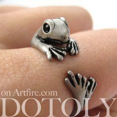 Miniature Lizard Gecko Animal Wrap Around Ring in Silver Sizes 4 to 9 | dotoly - Jewelry on ArtFire