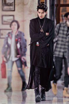 He looks soooo good😍 Kris Wu, Asian Boys, Asian Men, Baekhyun, Rapper, Wu Yi Fan, Exo Members, Models, My Idol