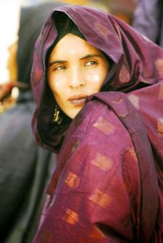 Africa   Tuareg woman photographed in Tadent, Algeria by Jin Fei Bao on his Trans Sahran Expedition, at a Camel Racing event attended by the Tuaregs.
