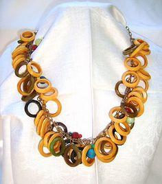 134899b9965d Vintage Art Deco Multicolor Faceted Rings Bakelite Dangling Bead Necklace