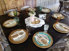 Farm wood table with material wood slice mason jar small candle