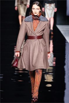 #moda Photos and comments to know the collection, the outfits and accessories Etro presented for Fall Winter 2012-13