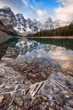 Lago Moraine, Canadá.