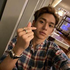 lucas_xx444: Yo happy time🤪❤️ Lucas Nct, Lucas Lucas, Winwin, Nct 127, Taeyong, Jaehyun, Boyfriend Material, Nct Dream, Boy Groups